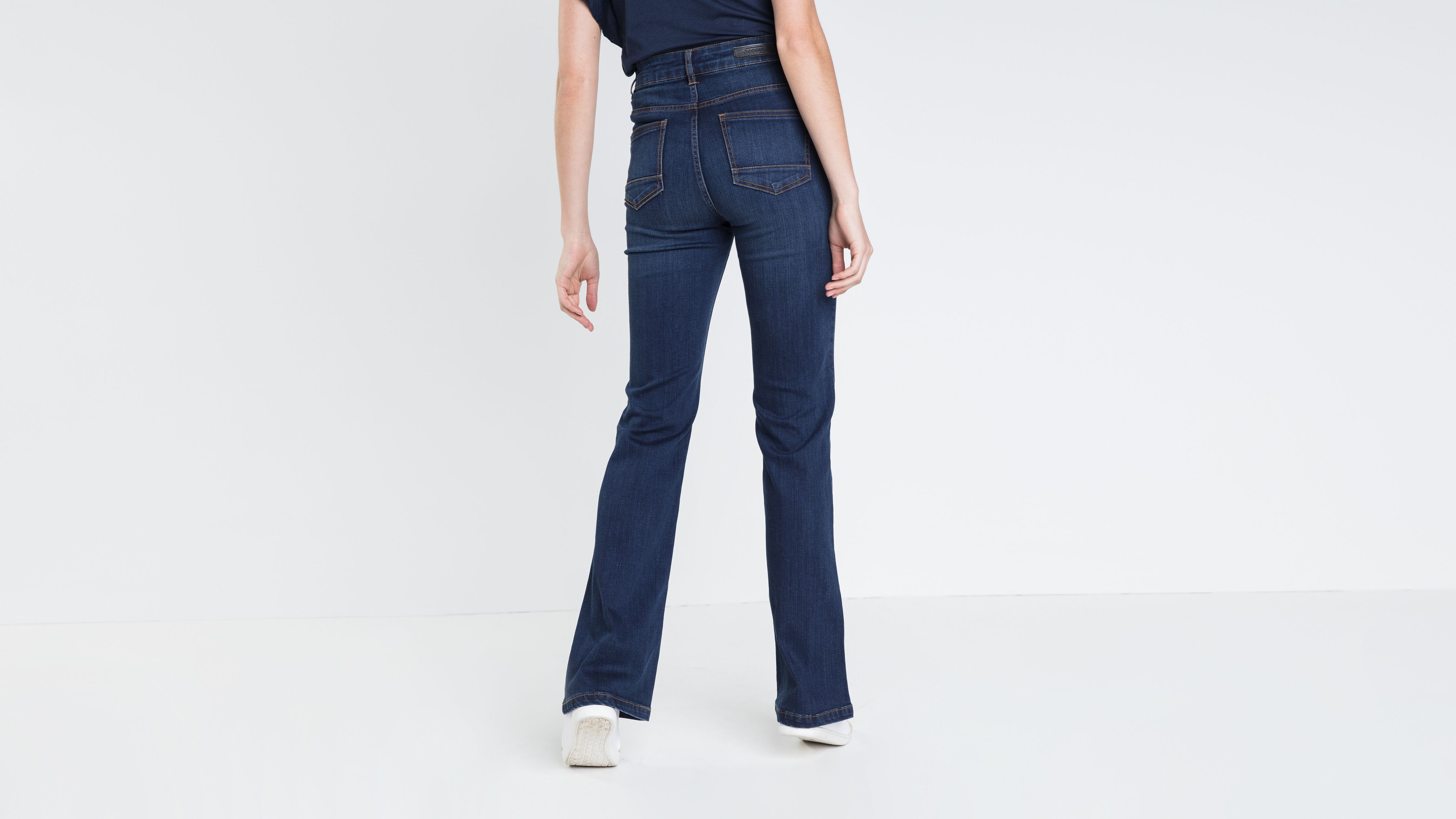 jeans-bootcut-femme-taille-haute-used-denim-brut-b-36125292151020241.jpg 172b705c2a5