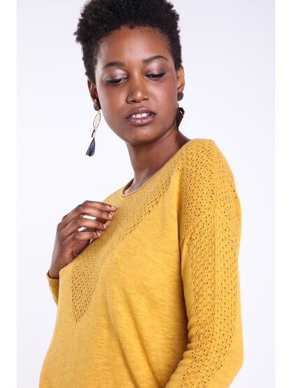 Pull a decollete maille fantaisie jaune or femme