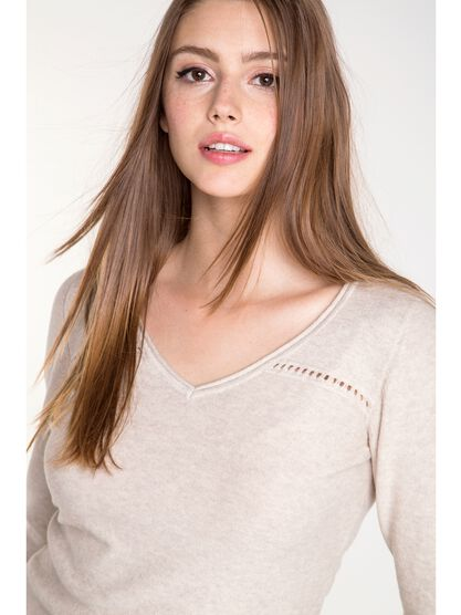 pull femme maille moulinee ajouree beige