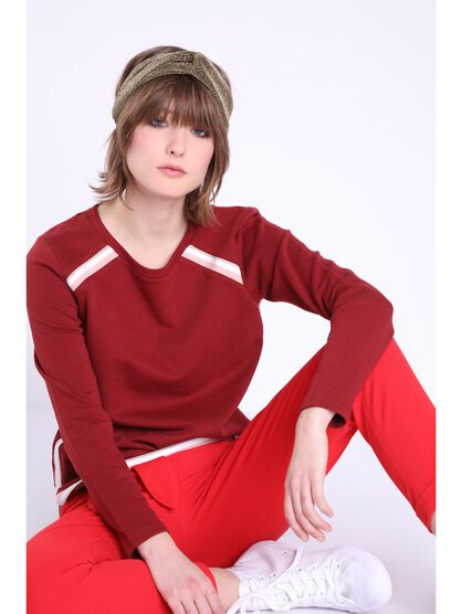 sweat manches longues a galons rouge fonce