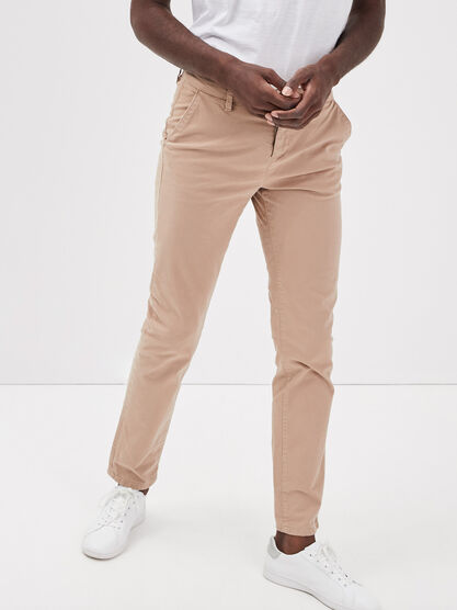 Pantalon straight Instinct chino ajuste marron homme