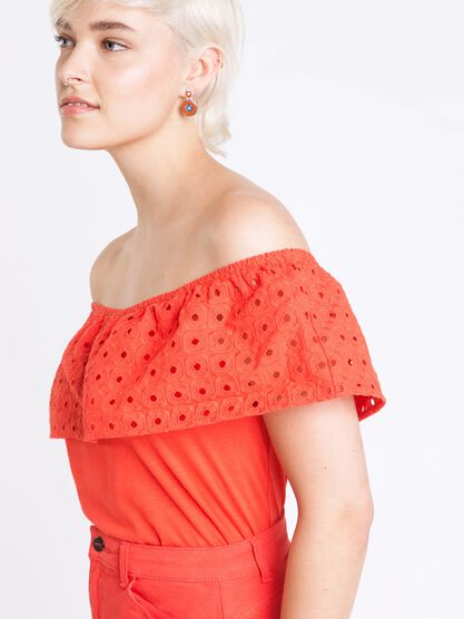 top volant femme broderie anglaise rouge clair