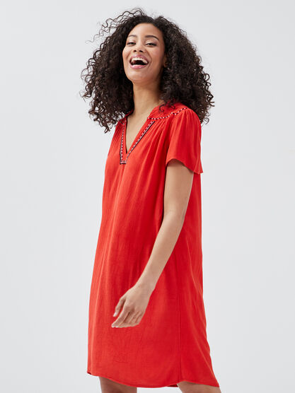 Robe droite detail contrastant rouge femme